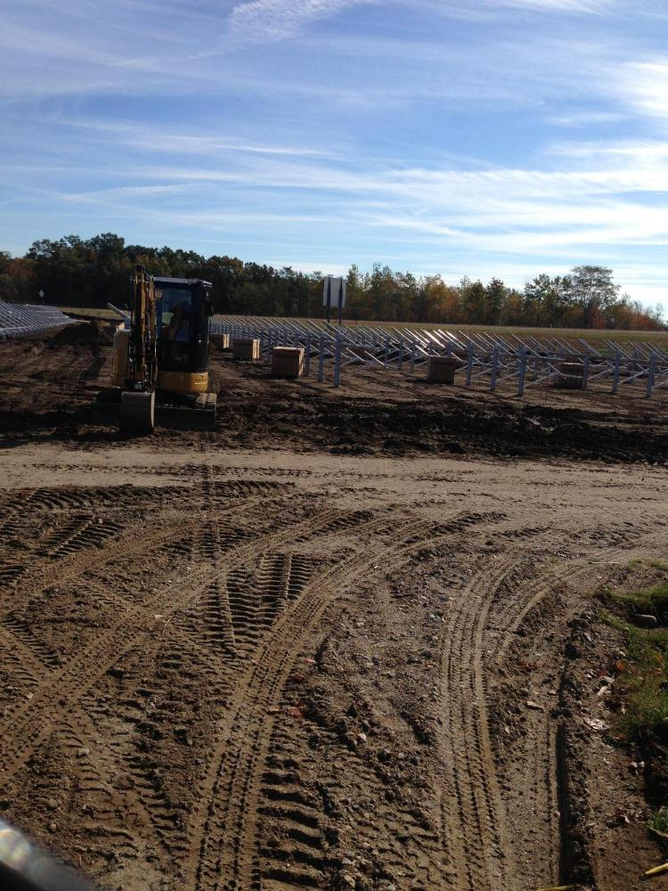 Construction at the Shoemaker Lane Solar Farm with equipment